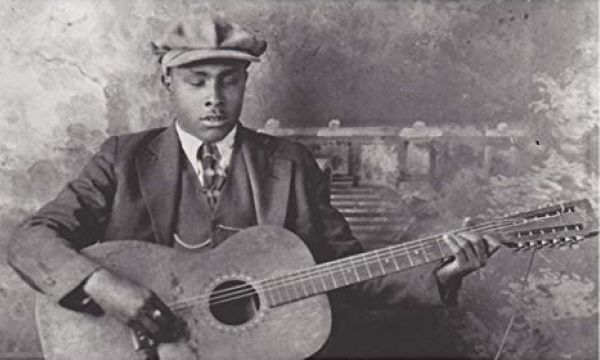 The Greatest Blues Guitarist Who Never Played The Blues